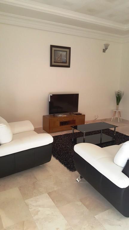 appartement meubl louer aux almadies 2simmo. Black Bedroom Furniture Sets. Home Design Ideas