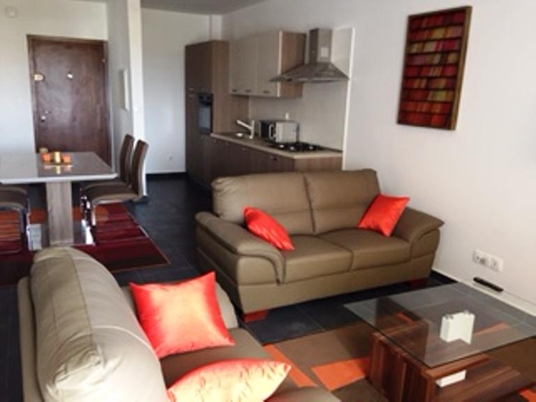 Appartement meubl louer aux almadies 2simmo2simmo for Location appartement meuble a dakar