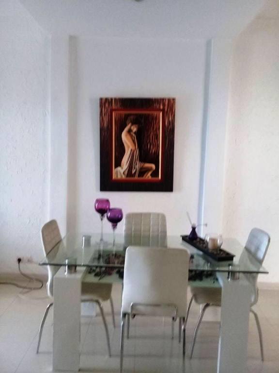 Studio meubl louer au virage sur la route de l 39 a roport for Meuble au senegal